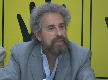stanley-cohen-gives-speech-at-IHH-meeting-for-justice-in-egypt-istanbul-2013